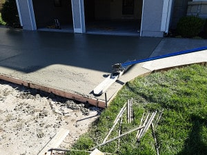 Foundation 1 - concrete pour - flatwork- lees summit mo